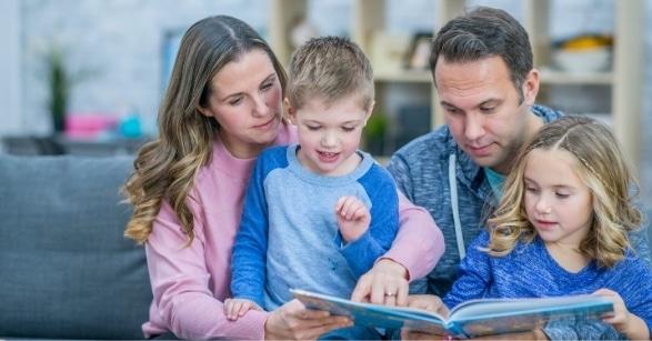 Clases de inglés para niñas y niños de primaria
